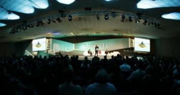 O auditório da PUC-RS,  com 2 mil lugares ocupados, durante o Fórum da Liberdade. Foto: Fernando Conrado