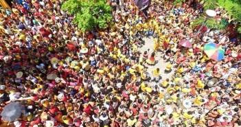 Ensaio aberto do Eu Acho é Pouco em Olinda. Foto:  Diogo Duarte feita por um drone