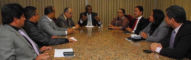 Primeira reunião da Frente Evangélica da Câmara do Recife, em fevereiro de 2013