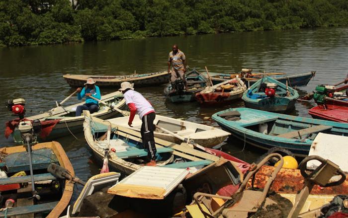 Pescadores não receberam auxílios emergenciais (Crédito: Inês Campelo/MZ Conteúdo)