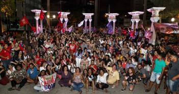 A comemoração da vitória da Juntas, na Praça do Derby. Foto: Tom Cabral