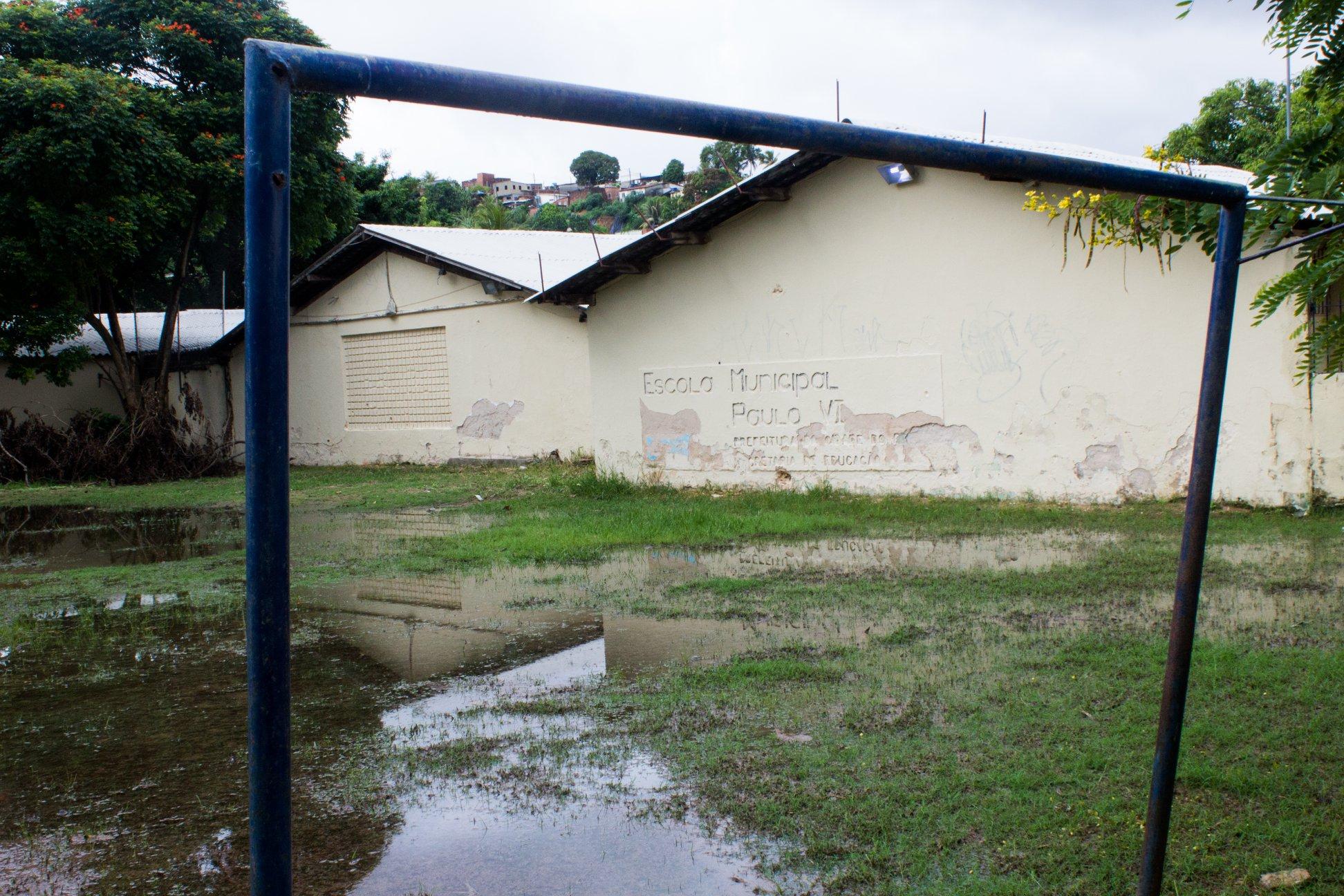 Parte da escola Paulo VI alagou com os recentes temporais (foto: Simpere/divulgação)