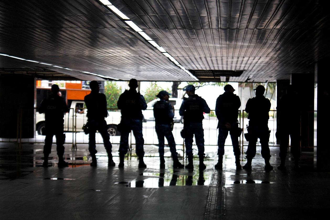 Guardas Municipais foram acionados no protesto desta semana na Prefeitura do Recife (foto: Simpere/divulgação)