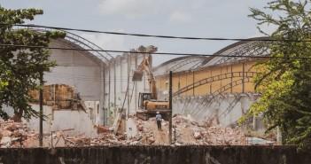 Demolição iniciada no Cais. Foto: Ocupe Estelita