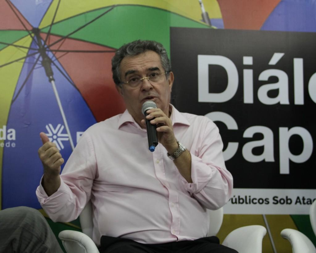 As privatizações dos bancos públicos são um desmonte dos bens brasileiros, destaca Jair, presidente da Fenae (foto: Rodrigo Ramos)
