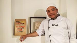 """""""Juntei a necessidade com o meu jeito de ser, porque empreender é algo da minha família."""", conta Luan Júnior."""