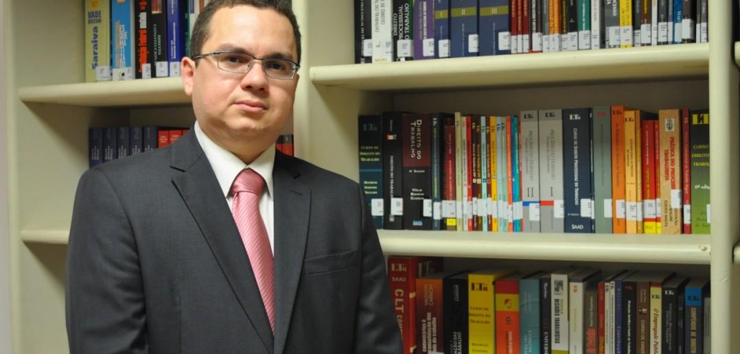 Ulisses Carvalho, procurador do MPT-PE (Foto: MPT-PE)