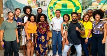 Grupo em San Salvador, capital de El Salvador