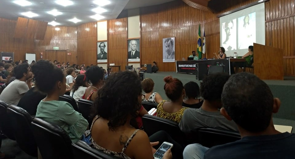 Debate na Fiocruz. Foto: MCS/MZ