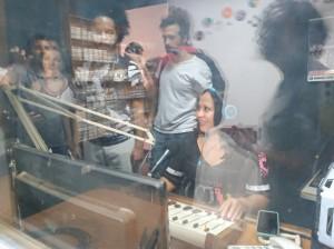 Estúdio da Rádio e TV Iz Canal, em Nueva Granada, El Salvador. Foto: Débora Britto