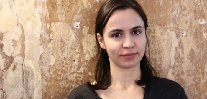 """""""A armadilha do consumo consciente é culpar o indivíduo pela catástrofe ambiental"""", diz Sandra Guimarães"""