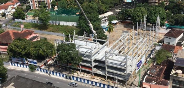 Segredo, influência e manobra: a construção do colégio GGE na Praça do Parnamirim