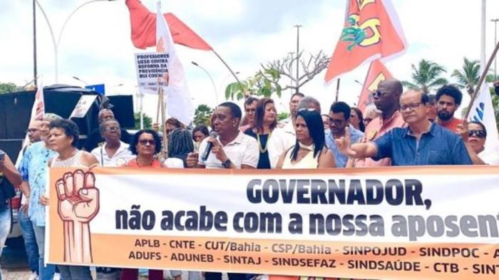 Protesto de servidores na Bahia (Reprodução Internet)
