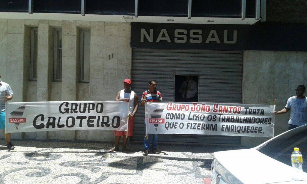 Protesto de ex-funcionários do grupo João Santos