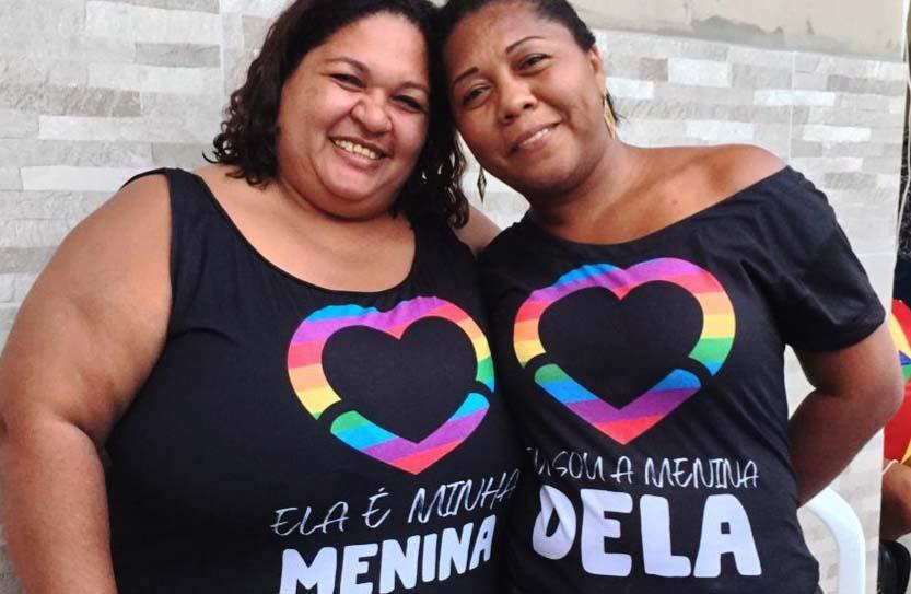 Adriana Gomes da Silva e a esposa Cristiane