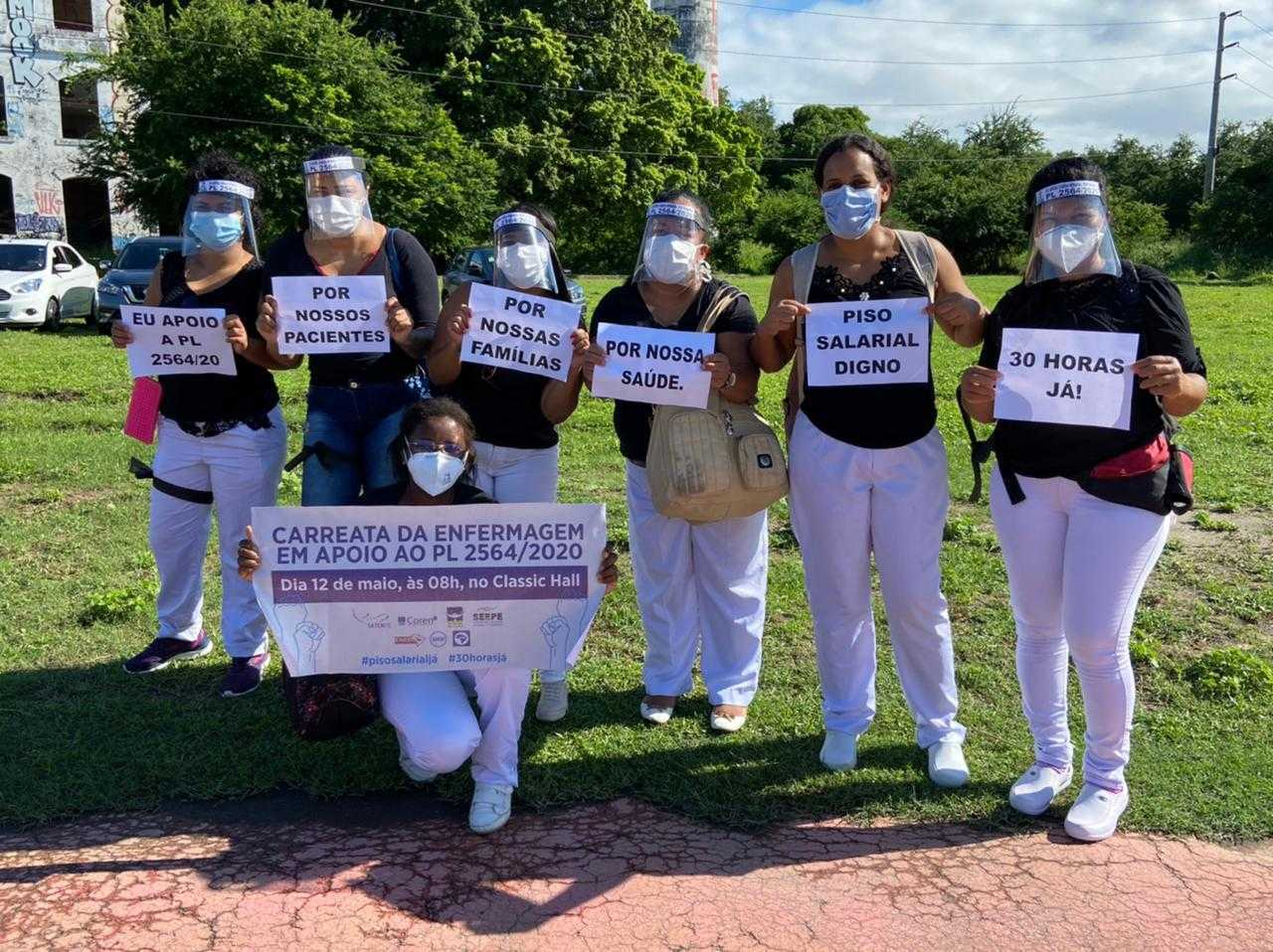 Protesto de enfermeiros no Recife