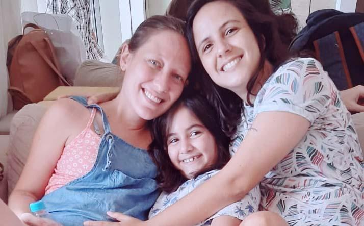 Layla Sampaio é mãe de Luiza de 9 anos e esposa de Isabel Sampaio que está grávida de Lília_ (1)_