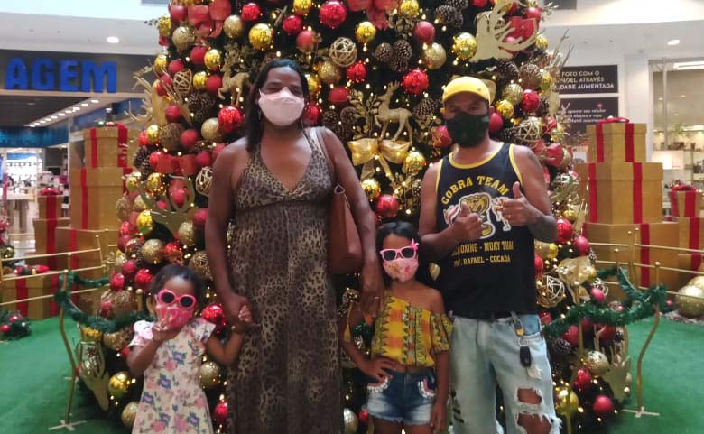 Renata Alexsandra Gonçalves de Souza, mulher trans mãe de quatro filhos_