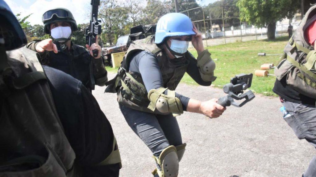 Centro Conjunto de Operações de Paz no Brasil prepara jornalistas para coberturas em áreas de conflito