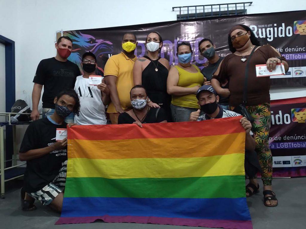 Grupo de pessoas LGBTQIA+