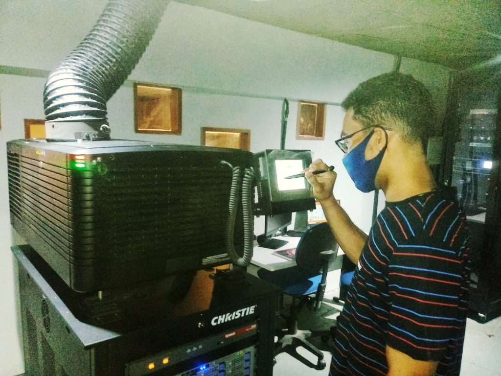 Leônidas Júnior estudante da UFPE que cuida do cinema durante a pandemia_ (1)