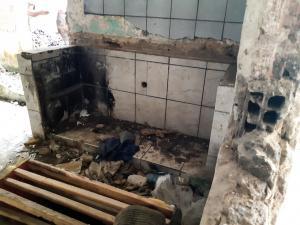 Casa no Córrego do Deodata que Deveria ser uma creche está abandonada (11)