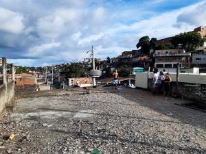 Casa no Córrego do Deodata que Deveria ser uma creche está abandonada (23)