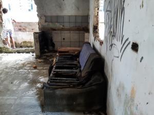 Casa no Córrego do Deodata que Deveria ser uma creche está abandonada (8)
